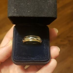 Tiffany &Co Men's wedding band gold and platinum